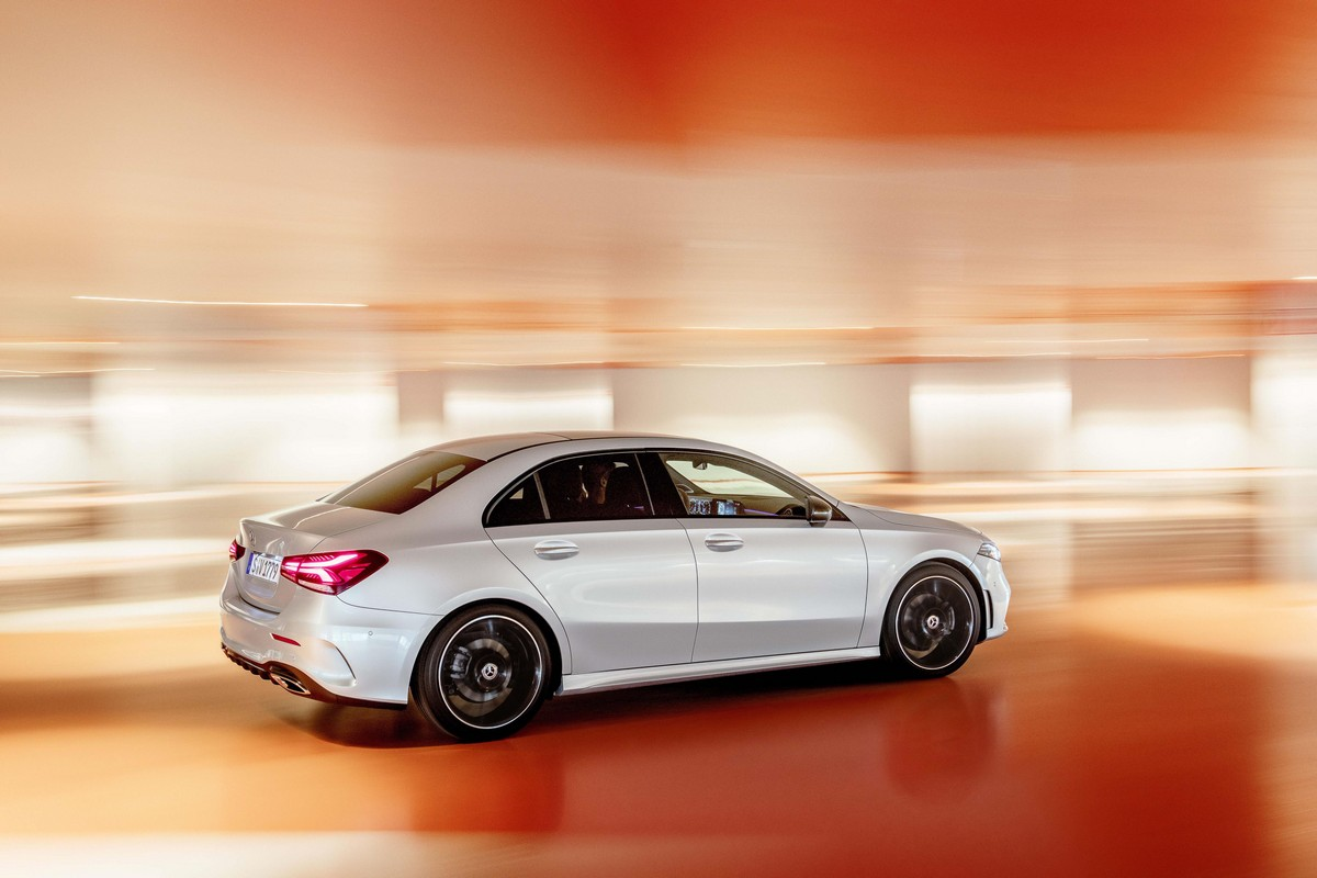 2020 mercedes a class sedan unveiled global version. Black Bedroom Furniture Sets. Home Design Ideas