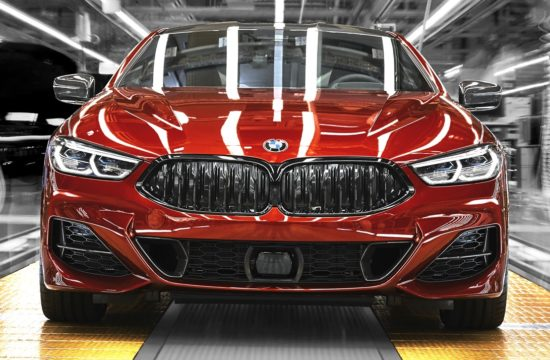 BMW 8 Series factory 4 550x360 at 2019 BMW 8 Series Looks Hot on Production Line