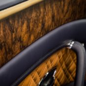 Open Pore Veneer 2 175x175 at Bentley Mulliner Launches Open Pore Walnut Veneer
