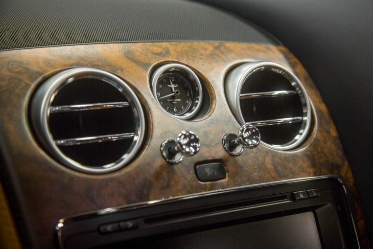 Open Pore Walnut Veneer 730x487 at Bentley Mulliner Launches Open Pore Walnut Veneer