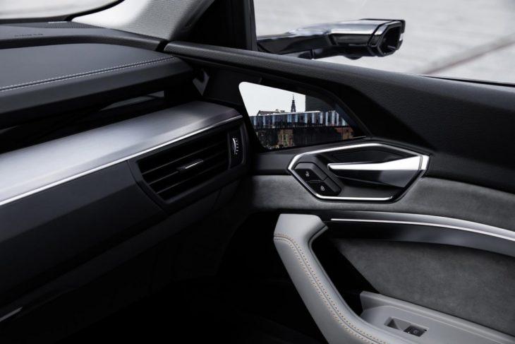 audi e tron interior 8 730x487 at Audi e tron Prototype Interior Pushes Digital Boundaries