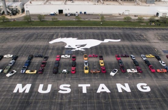 10Millionth FlatRock 0094 550x360 at Ford Celebrates Production of 10 Millionth Mustang at Flat Rock
