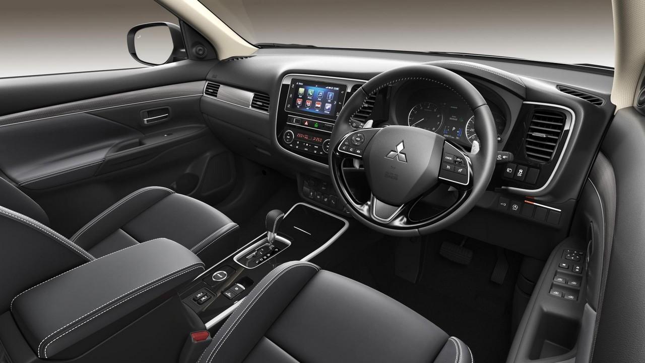 2019 Mitsubishi Outlander Hits Uk From 27 680