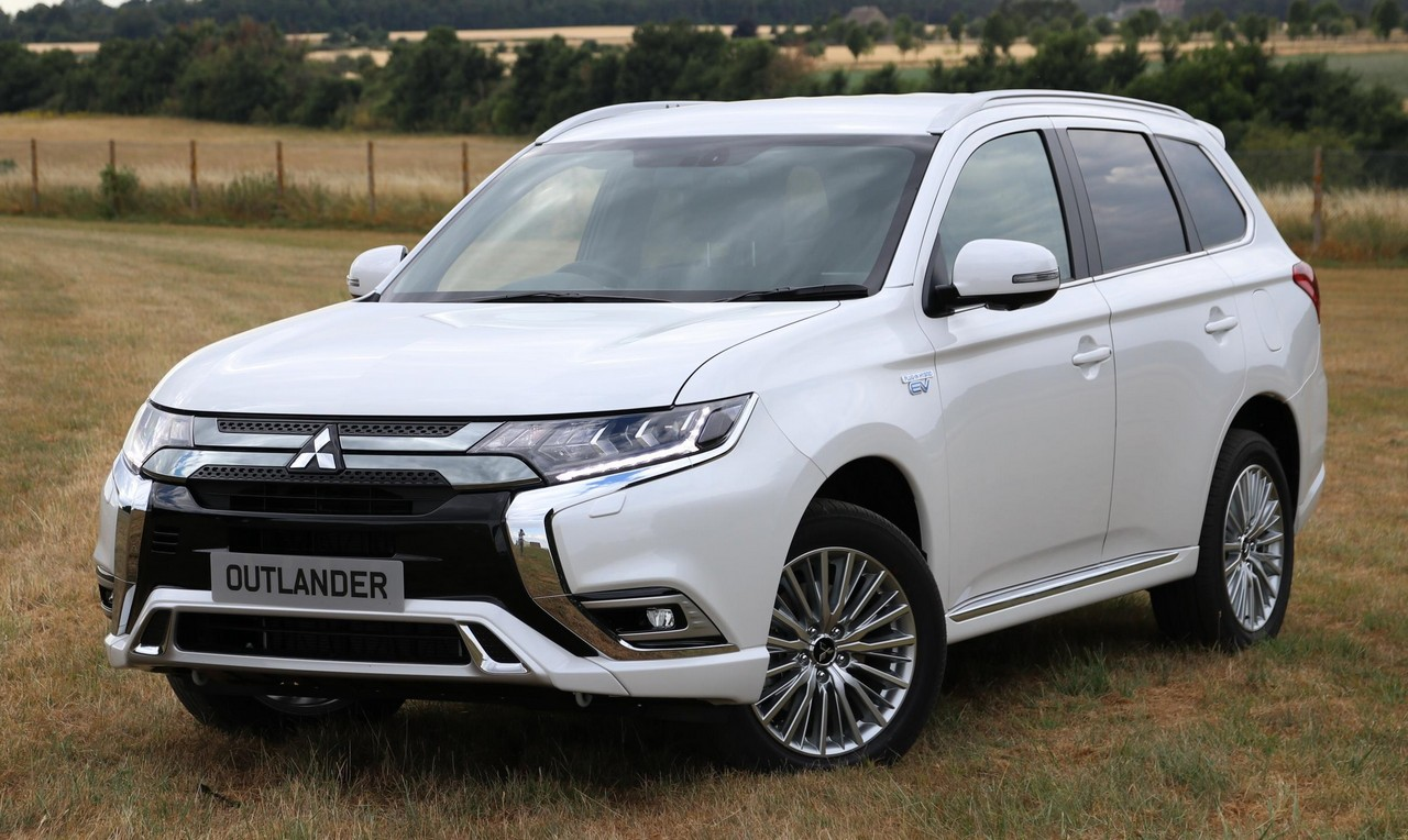 2019 mitsubishi outlander phev uk pricing specs. Black Bedroom Furniture Sets. Home Design Ideas