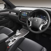 2019 Mitsubishi Outlander PHEV 5 175x175 at 2019 Mitsubishi Outlander PHEV   UK Pricing & Specs