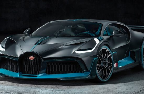 Bugatti Divo 1 550x360 at Official: Bugatti Divo Is a Lighter, Meaner Chiron