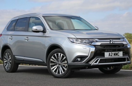 OutlanderPetrol 00 550x360 at 2019 Mitsubishi Outlander Hits UK from £27,680