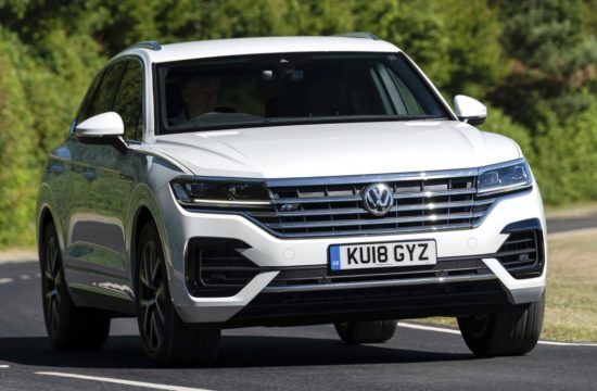 Volkswagen Touareg 4 550x360 at 2019 VW Touareg Gets New V6 TDI Engine in the UK