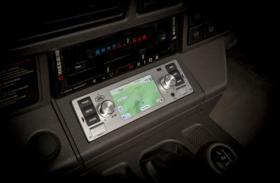 Jaguar Land Rover Classic Infotainment 4 550x360 at Retro Looking Infotainment for Jaguar Land Rover Classic Models