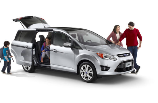 best family cars 550x360 at Tips when buying a car for your family