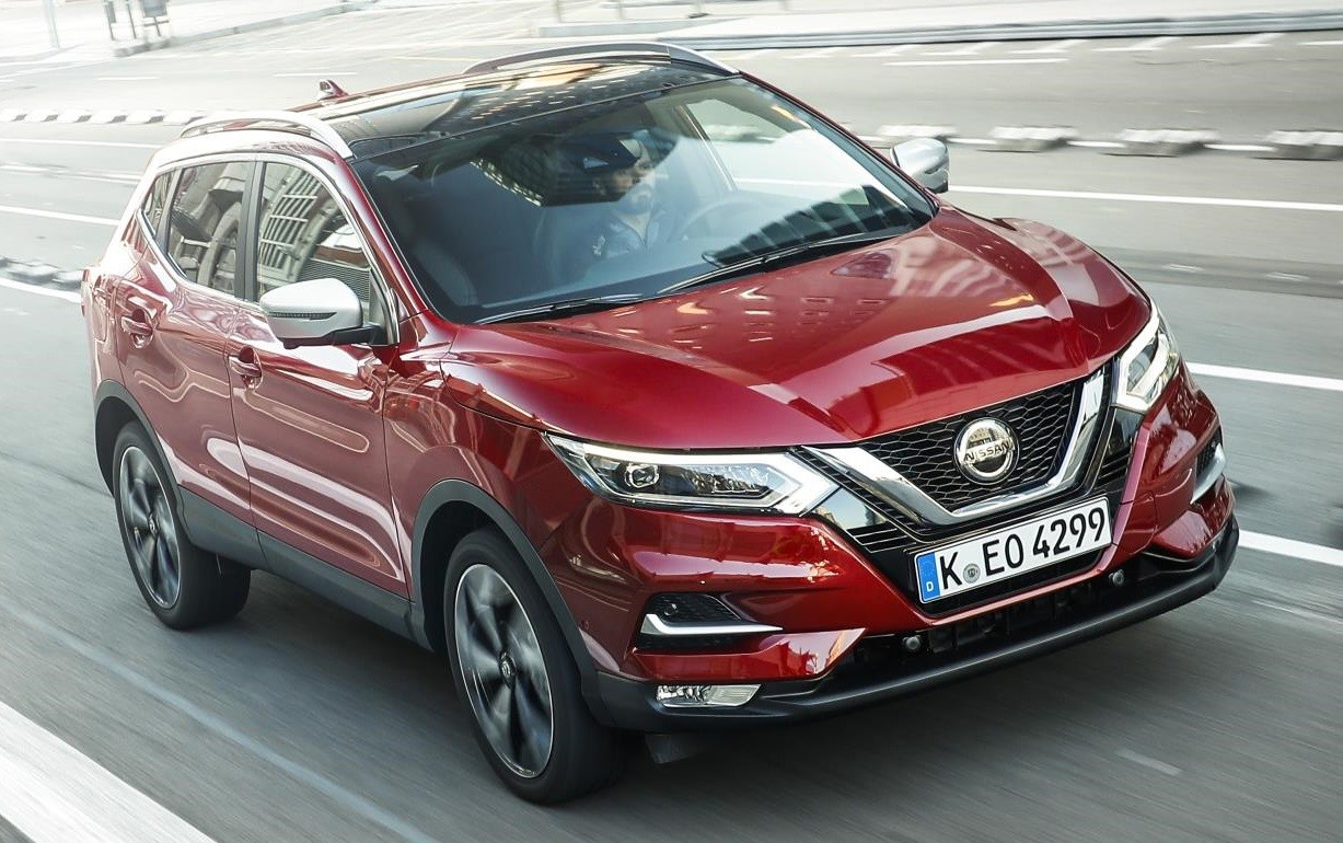 2019 nissan qashqai launches with new 1 3 liter engine. Black Bedroom Furniture Sets. Home Design Ideas
