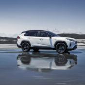 2019 rav4 hybrid 01 175x175 at 2019 Toyota RAV4 Hybrid   An SUV with 4.5 l/100 km Consumption