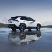2019 rav4 hybrid 02 175x175 at 2019 Toyota RAV4 Hybrid   An SUV with 4.5 l/100 km Consumption