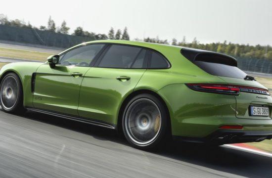 panamera gts 2019 550x360 at Official: 2019 Porsche Panamera GTS and Panamera GTS Sport Turismo