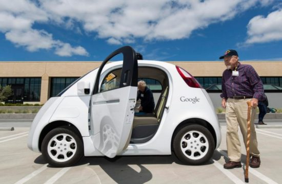 driverless car 550x360 at Suitable Cars for the Elderly   Things to Consider