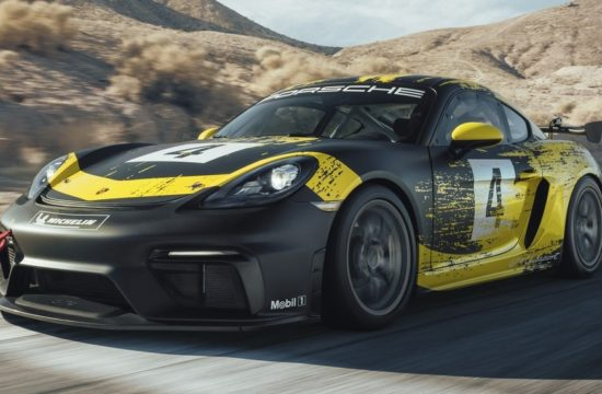 Porsche 718 Cayman GT4 Clubsport 3 550x360 at Official: 2019 Porsche 718 Cayman GT4 Clubsport