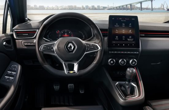 new clio interior 1 550x360 at Are Digital Instruments Coming to Affordable Cars? New Renault Clio Says Yes