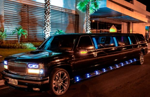 limousine at Why Should You Hire a Limousine Service for Your Next Event