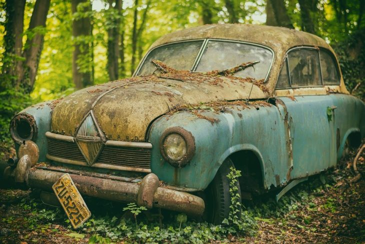 scrapped car 730x487 at How to Scrap Car in an Environment friendly Way?