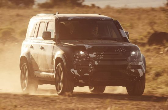 LR DEF TUSK KENYA 550x360 at The New Land Rover Defender   Will They Get It Right?