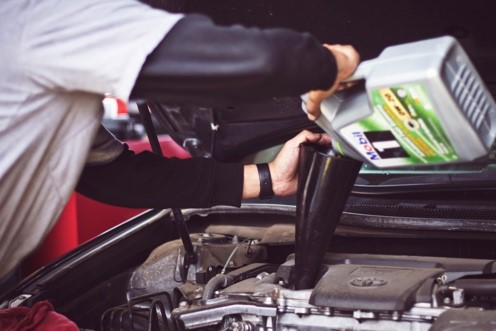 oil change at Does My Oil Level Need To Be Checked? The Top Signs To Look For