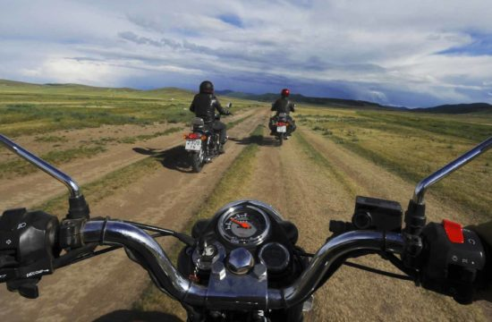 vintage riders 550x360 at Motorcycle Tours – The Greatest Adventure!