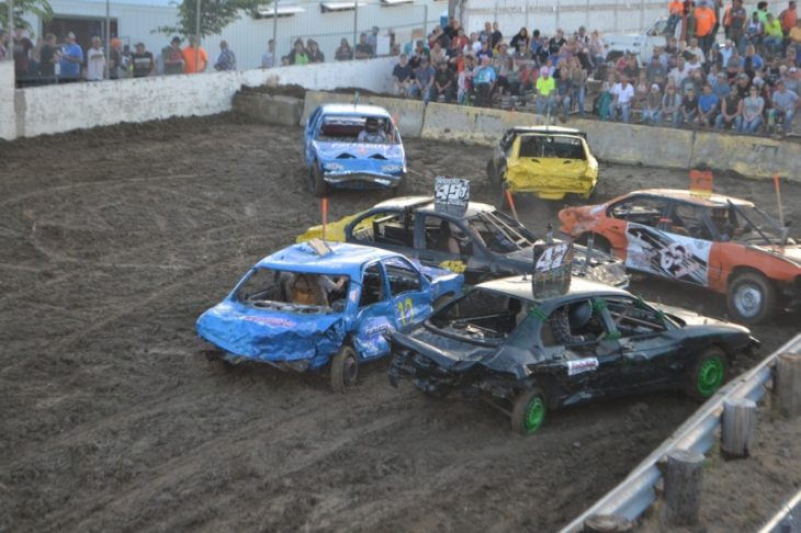 Demolition derby 730x486 at Types of Motorsports that you need to try out