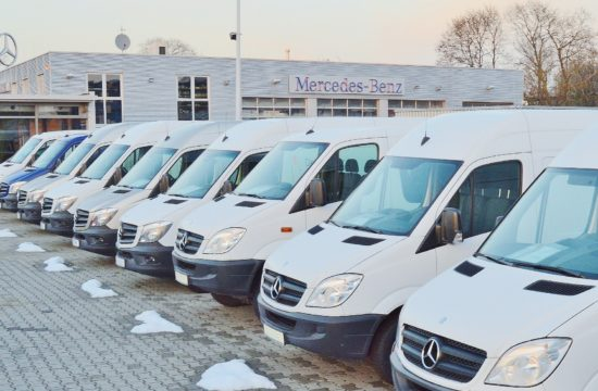 mercedes vans 550x360 at Choosing the Perfect Vans and Trucks for Your Business