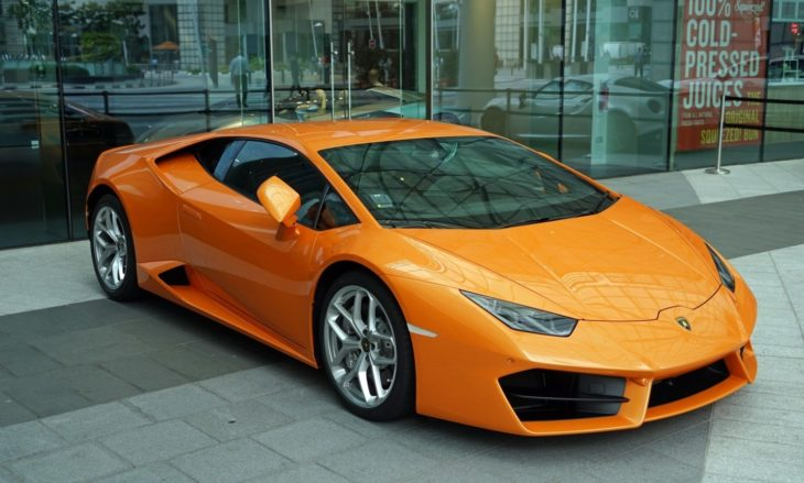 orange lambo 730x439 at 5 Awesome Reasons Why You Should Buy a Lamborghini