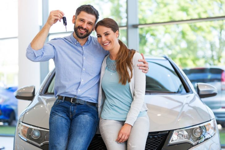 couple buying car 730x486 at What Car Should I Buy? 10 Tips for Finding a Good Car