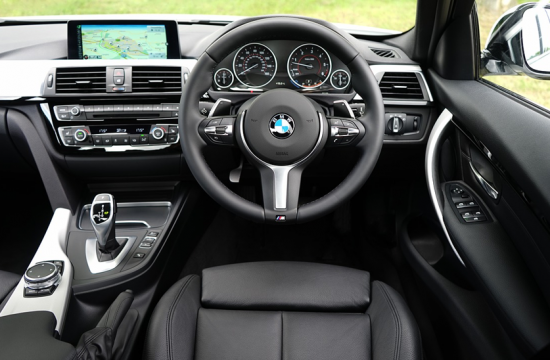 bmw interior 550x360 at 6 ways technology is reshaping the automotive industry