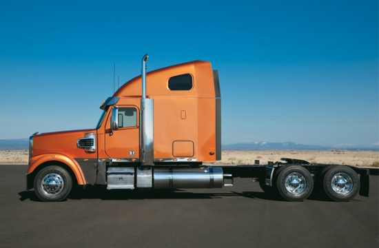 Semi Truck 550x360 at How to Buy a Semi Truck