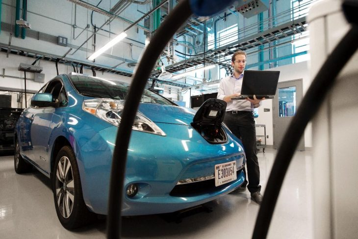 electric car 730x487 at How technology can influence the future of the automotive industry
