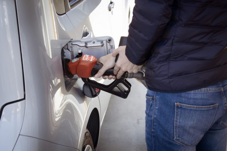 fuel pump 730x487 at Alternative Fuel Vehicles: What type of vehicle is best?