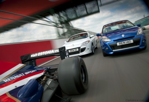 renault world series 2 at Renault Clio and Megane World Series for UK