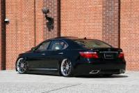 0261.thumbnail at Lexus GS & LS hybrids by Job Design