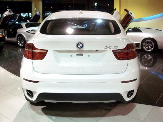 c 1 800x600 at BMW X6 is selling like hot cake in the region!