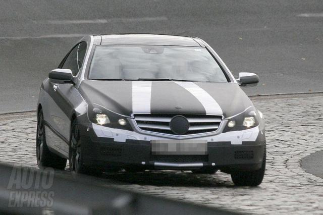 car photo 290082 25 at Best Spyshots of Mercedes E class coupe