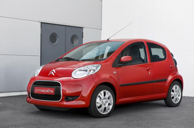 2009 citroen c1 looks exactly the same as the old one. Black Bedroom Furniture Sets. Home Design Ideas