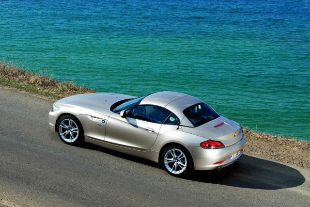 all new 2010 bmw z4 roadster 31 at 2009 BMW Z4 Review   still behind the Merc
