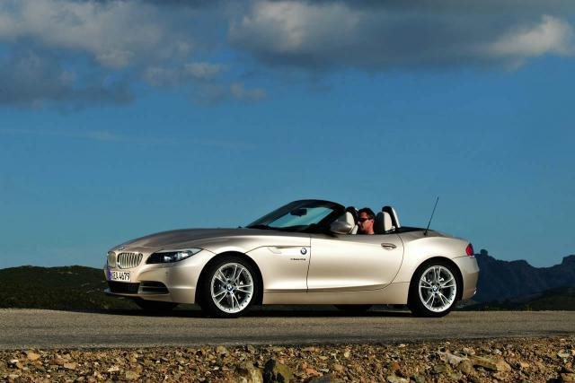 all new 2010 bmw z4 roadster 33 at 2009 BMW Z4 Review   still behind the Merc