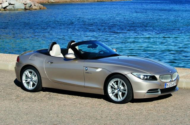 new 2010 bmw z4 at 2009 BMW Z4 Review   still behind the Merc