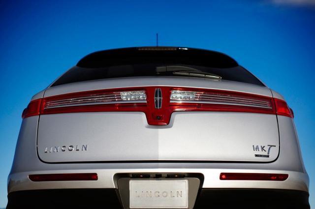 2010 lincoln mkt0141280 at 2010 Lincoln MKT   Ishhhhhhhhh!