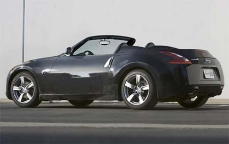2010 Nissan 370Z Roadster is coming!