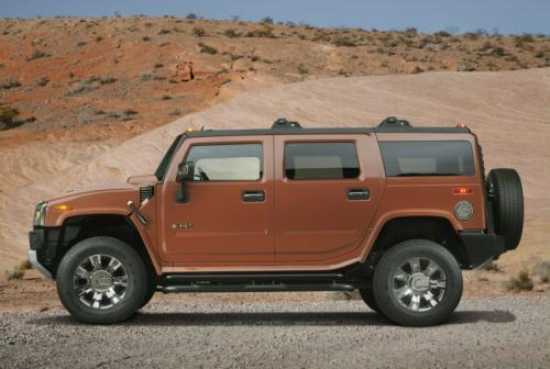 hummer h2 belack chrome 4 at GM offers Hummer H2 Black Chrome in UAE